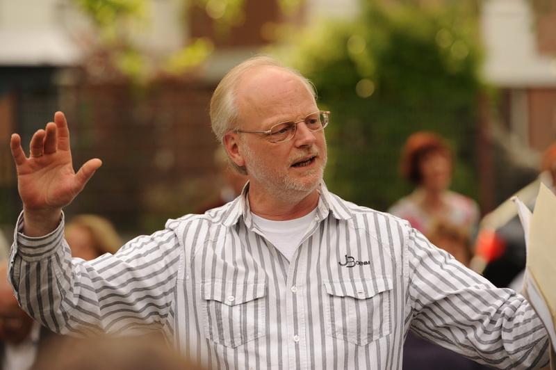 Michael Langenbach-Glintenkamp beim Muffendorfer Maiansingen