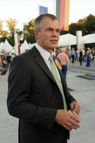 NRW minister for the environment, 2011